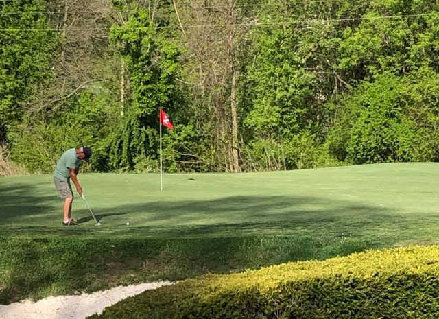 A view of hole #2 at Middlesboro Country Club.