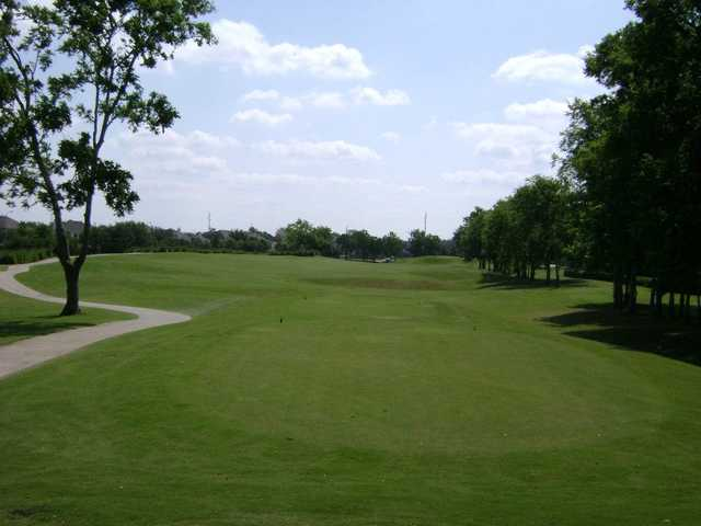 A view of a tee at Sienna Plantation Golf Club.