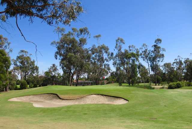 View of the 4th green at Eastwood Golf Club