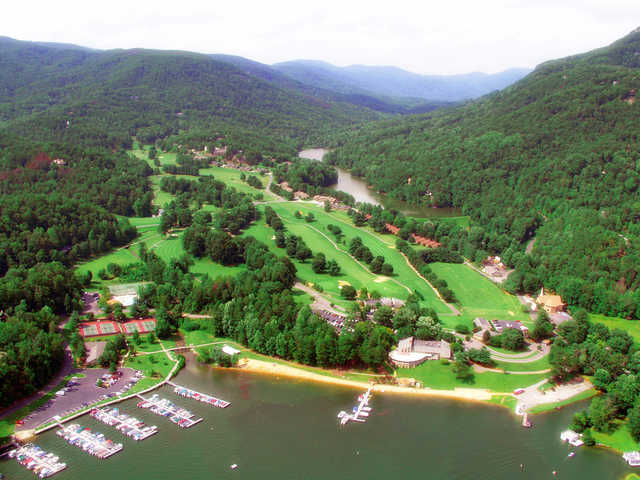 Aerial view of the Bald Mountain Course at Rumbling Bald Resort on Lake Lure