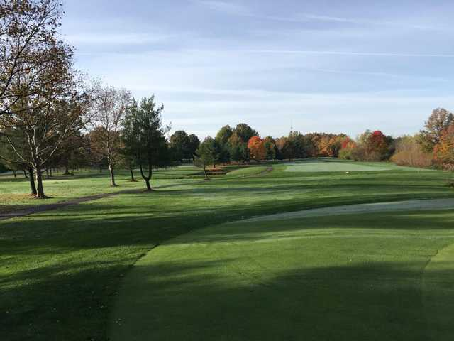 A fall day view from Windmill Lakes Golf Club.