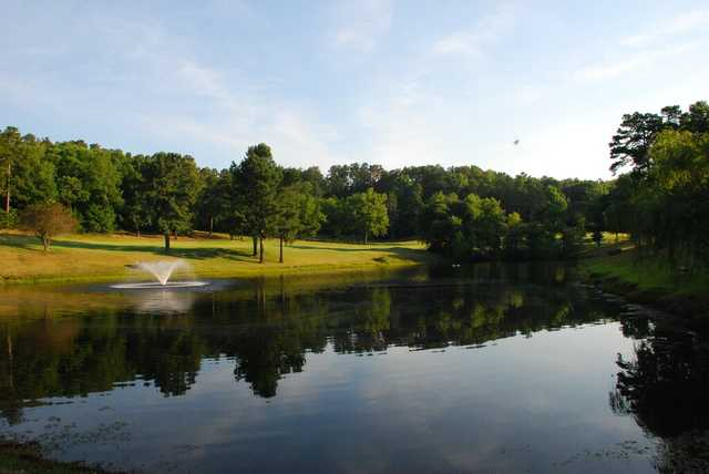 A sunny day view from Indian Hills Golf Resort.