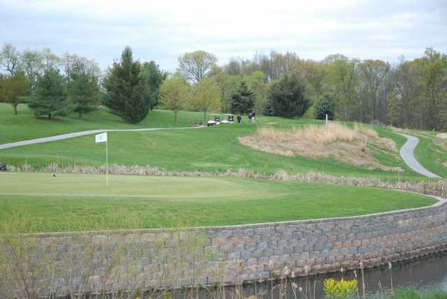 A view of the 5th hole from West at South Hills Golf Club.