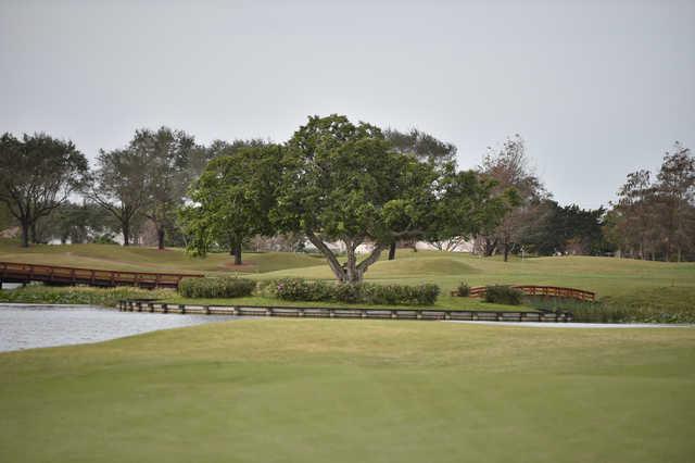 A view of a tee at Grande Oaks Golf Club.