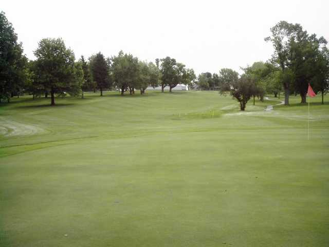 A view of hole #1 at Maryville Country Club.