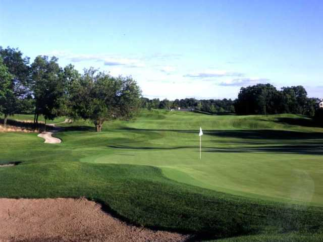 A view of the 10th hole from National Golf Club of Kansas City.