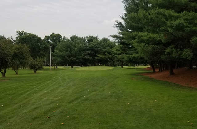 A view from a fairway at Mill Creek Metroparks Par-3 Golf Course (Will Stanton).