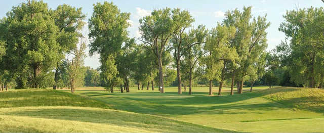 A view of the 4th green at Shoreline Golf Course.