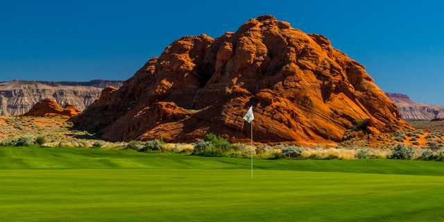 A view of a hole from The Championship Course at Sand Hollow Golf Resort.