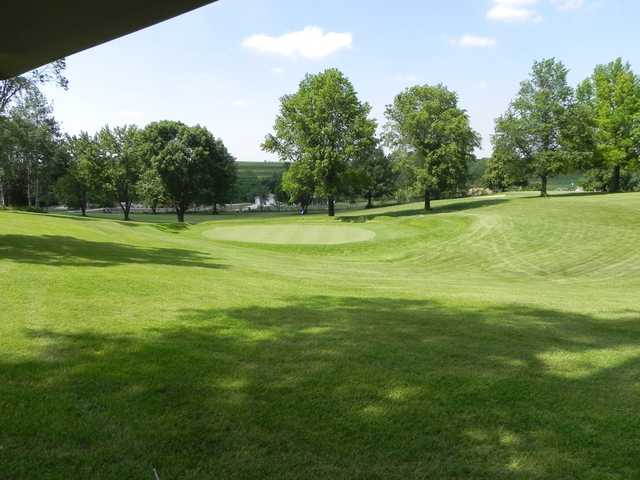 View of a green at Red Oak Country Club.