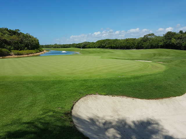 View of the 3rd hole at Gran Coyote Golf Riviera Maya.