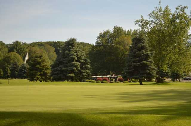 View of a green at Oak Ridge Golf Club.