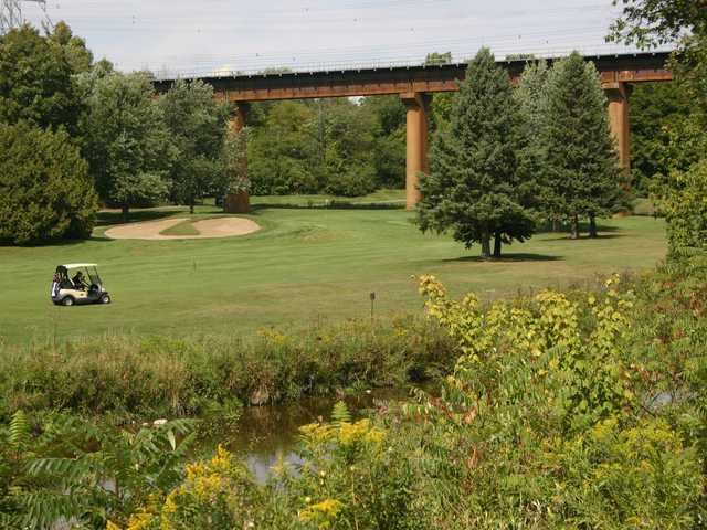 A view of a hole and a bridge at Remington Parkview Golf and Country Club.