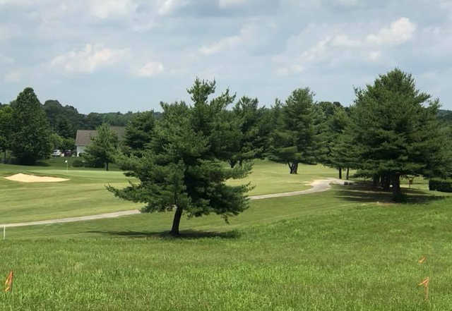 A sunny day view from Dandridge Golf & Country Club.