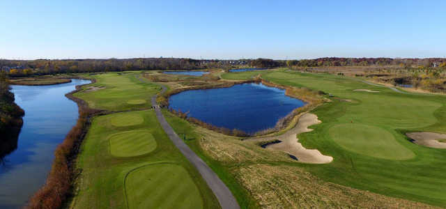 Aerial view of the 9th hole from the Silver Hawk Nine.