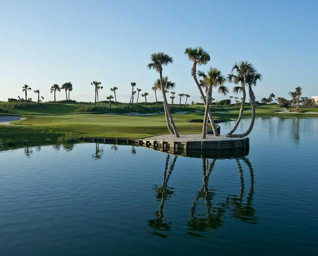 A view of hole #15 atPalm Beach Golf Course (C J Walker Phototgraphy).