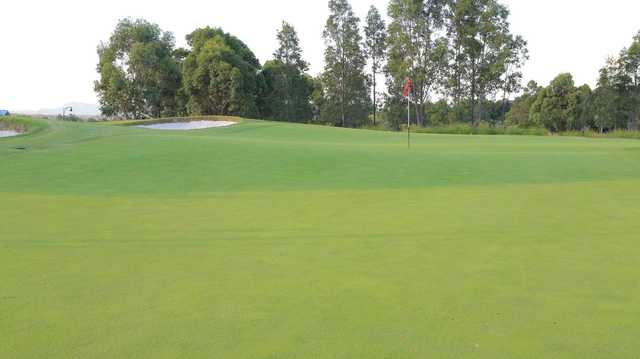 The Vintage: 8th green