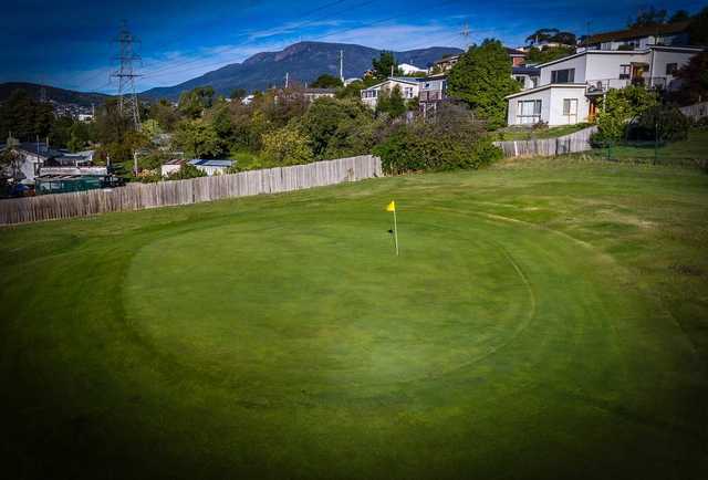 New Town Bay GC: 5th green