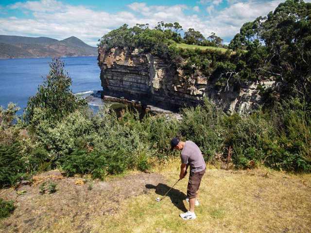 Tasman Golf Club 8th water carry