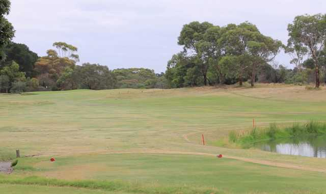 Curlewis' 10th hole