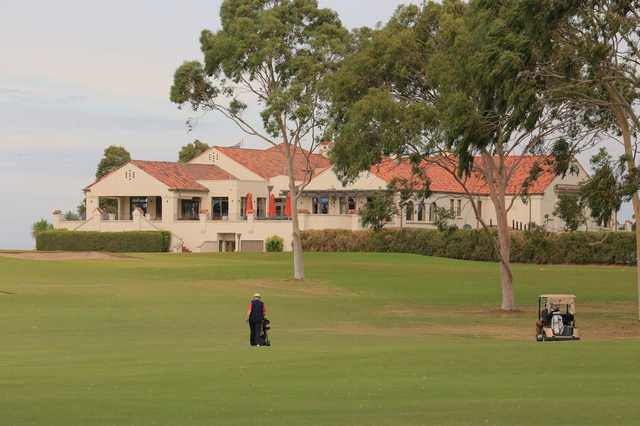 Yarra Yarra's clubhouse from old 5th