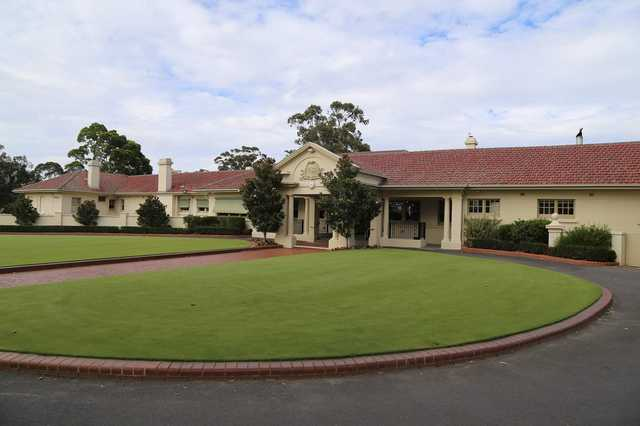 Commonwealth GC: clubhouse