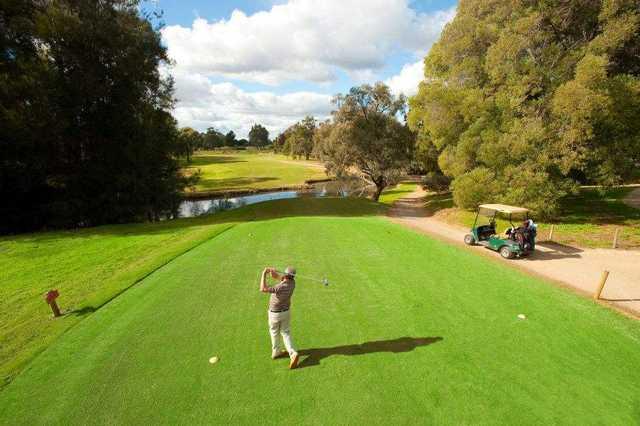 cluBarham Golf