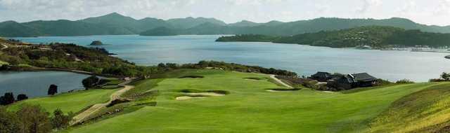 Hamilton Island Golf Club pano