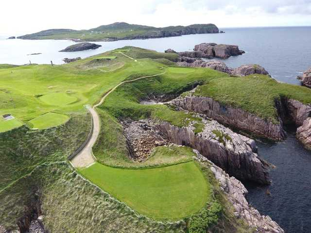 View of the 6th hole at Cruit Island Golf Club.
