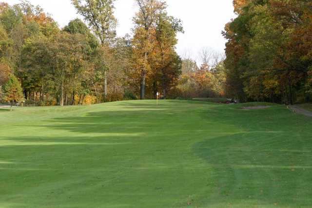 View of a green at Ravines Golf Course.