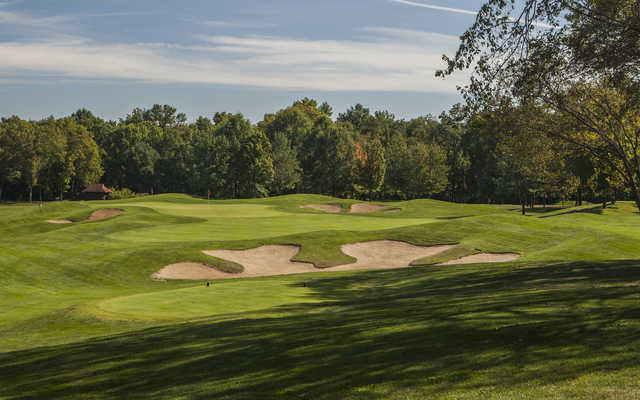 A view of the 8th tee and hole at Fox Run Golf Club.