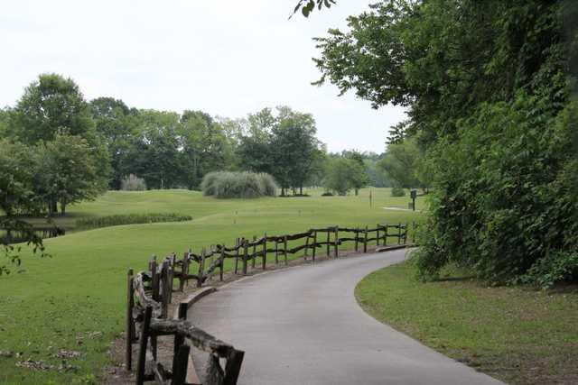 A view of a tee at Farm d'Allie Golf Club.