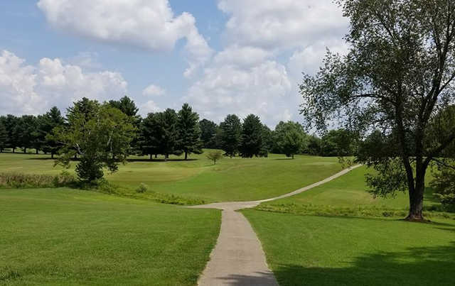 A sunny day view from Dogwood Hills Municipal Golf Course.