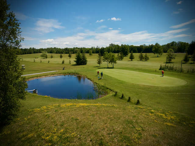 View of a green at Deer Run Golf Course.