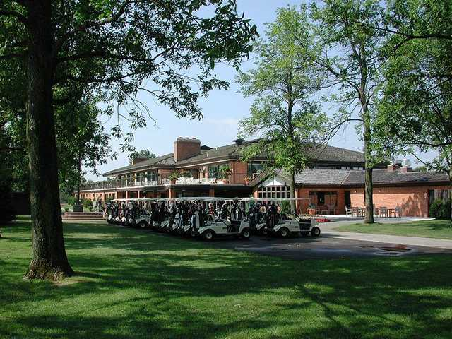 A view of the clubhouse at Saginaw Valley Golf Course.
