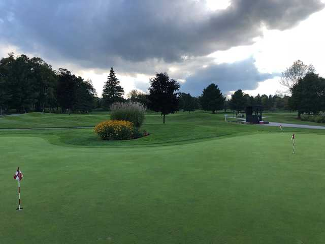 A view of the practice putting green at Mill Run Golf Club.
