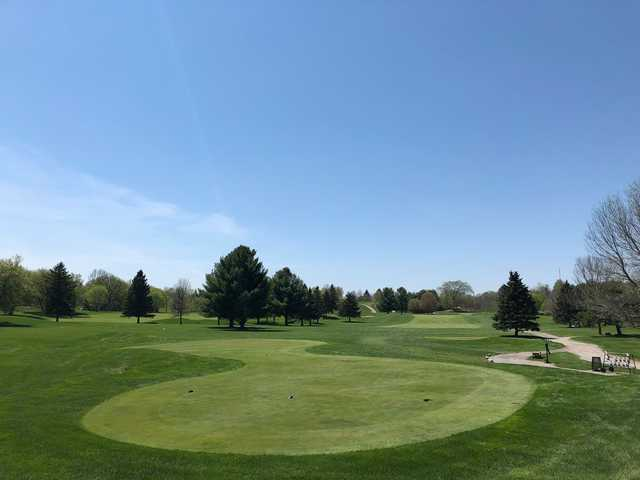 A view of a tee at Mill Run Golf Club.
