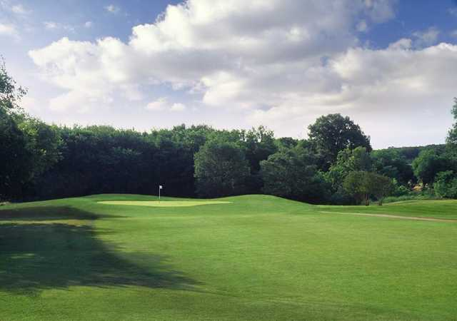 A view of the 6th hole at Lake Arlington Golf Course.