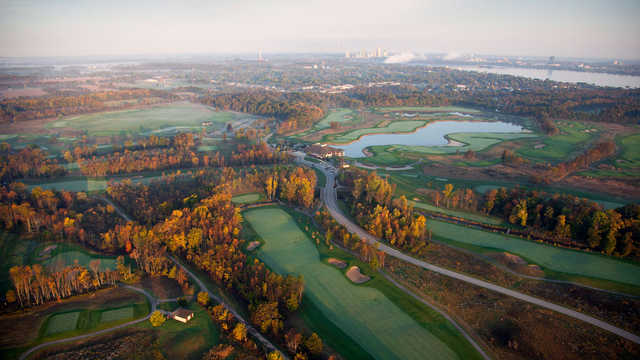 Aerial view of the 18th hole from the Ussher's Creek at Legends on the Niagara Golf Course