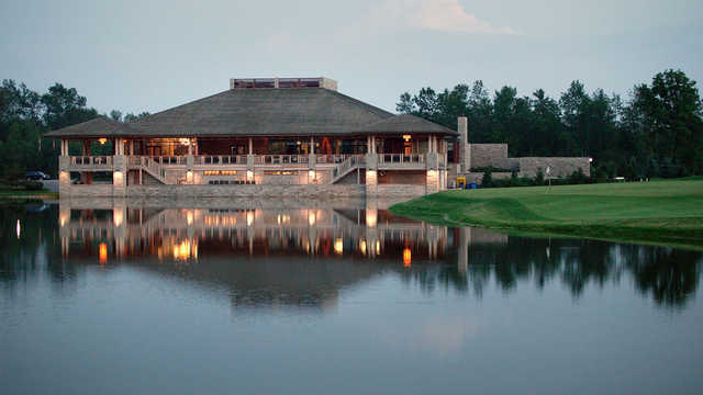 View of the clubhouse at Legends on the Niagara Golf Course.