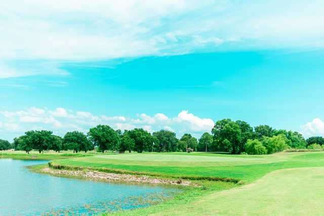 View of a green at Kings Creek Golf Club.
