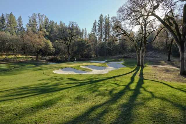 View of a green at DarkHorse Golf Club.