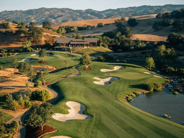 View of the 18th hole and the clubhouse at Yocha Dehe Golf Club at Cache Creek Casino Resort