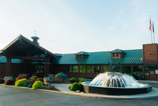 View of the clubhouse at Eagle Pointe Golf & Tennis Resort.