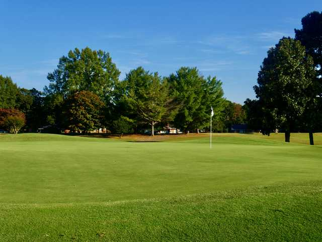 View of a green at Cleveland Country Club.