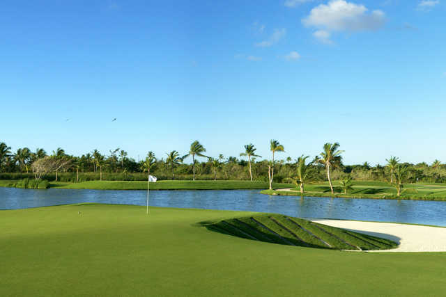 View of the 9th hole at The Lakes Barcelo Golf Course.