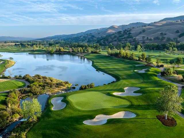 View of the 18th hole at Yocha Dehe Golf Club.