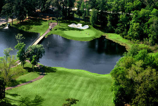 A view of green with water coming into play at Arcadian Shores Golf Club