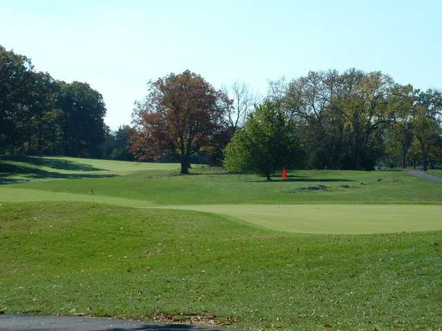 A view of hole #18 at Heritage Oaks Golf Course