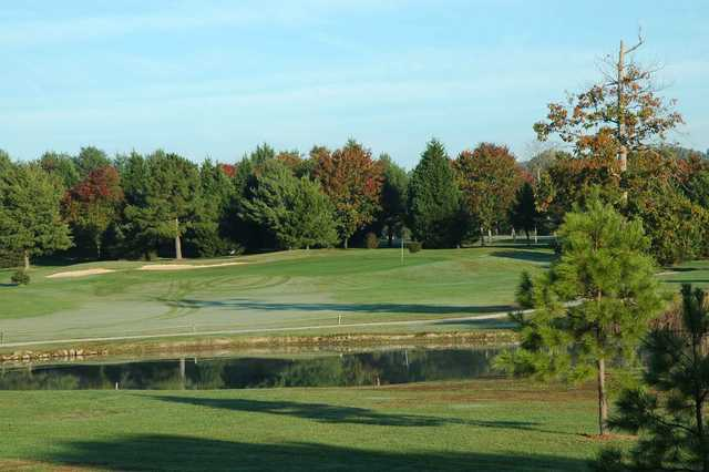 A view of the 7th hole at Hollows Golf Club - Lake Course